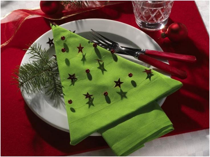 5 idées de décoration pour vos serviettes de Noël