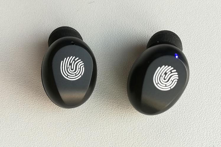 écouteurs samsung tactile