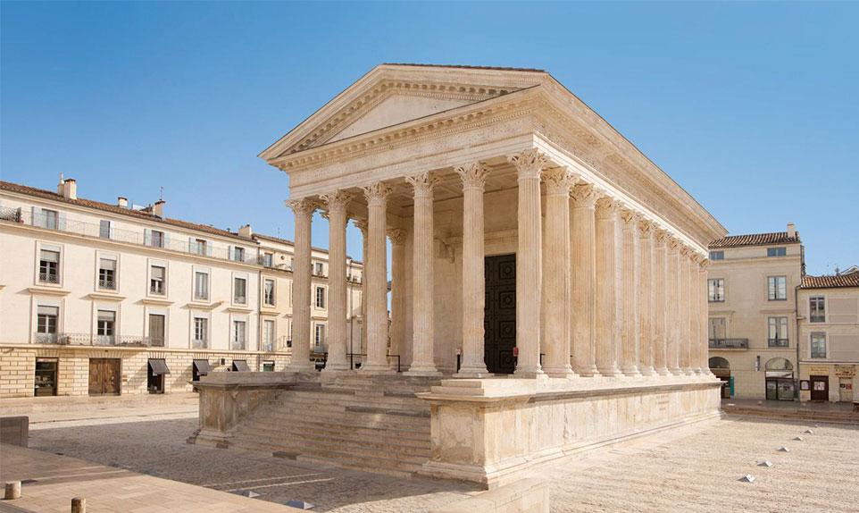 visiter la maison carré Nîmes