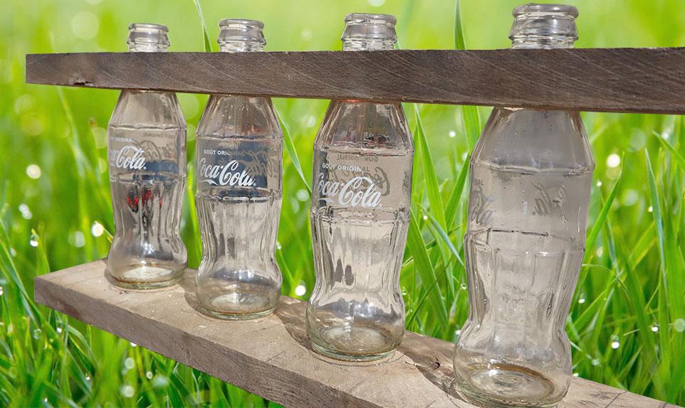 vase en bouteilles cocacola