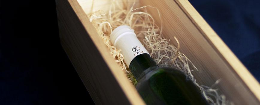 Un coffret vin, une idée cadeau originale pour surprendre un proche